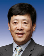 Gyun Han Lee